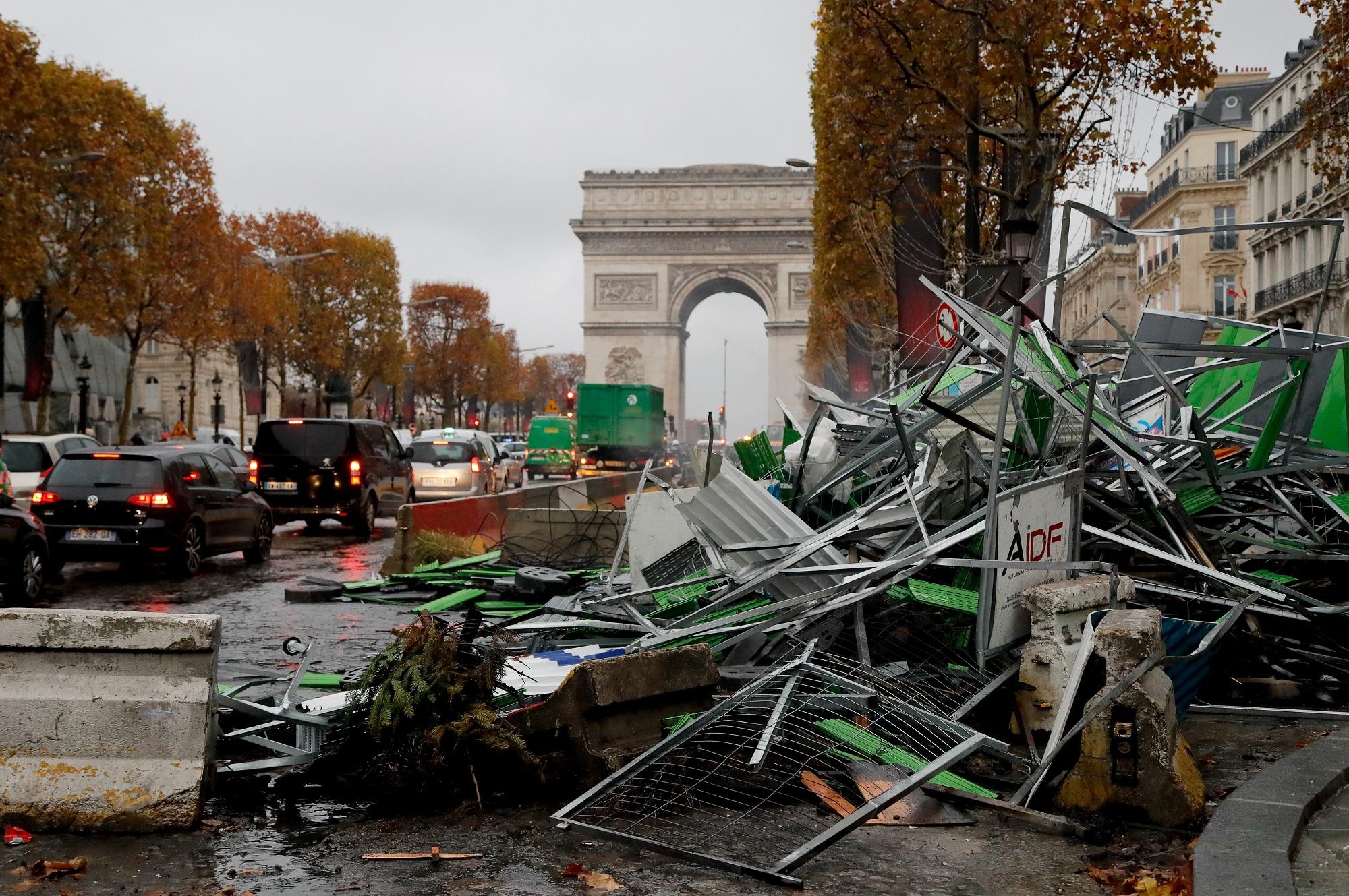 Les Champs-Elysées à Paris, le 25 novembre 2018