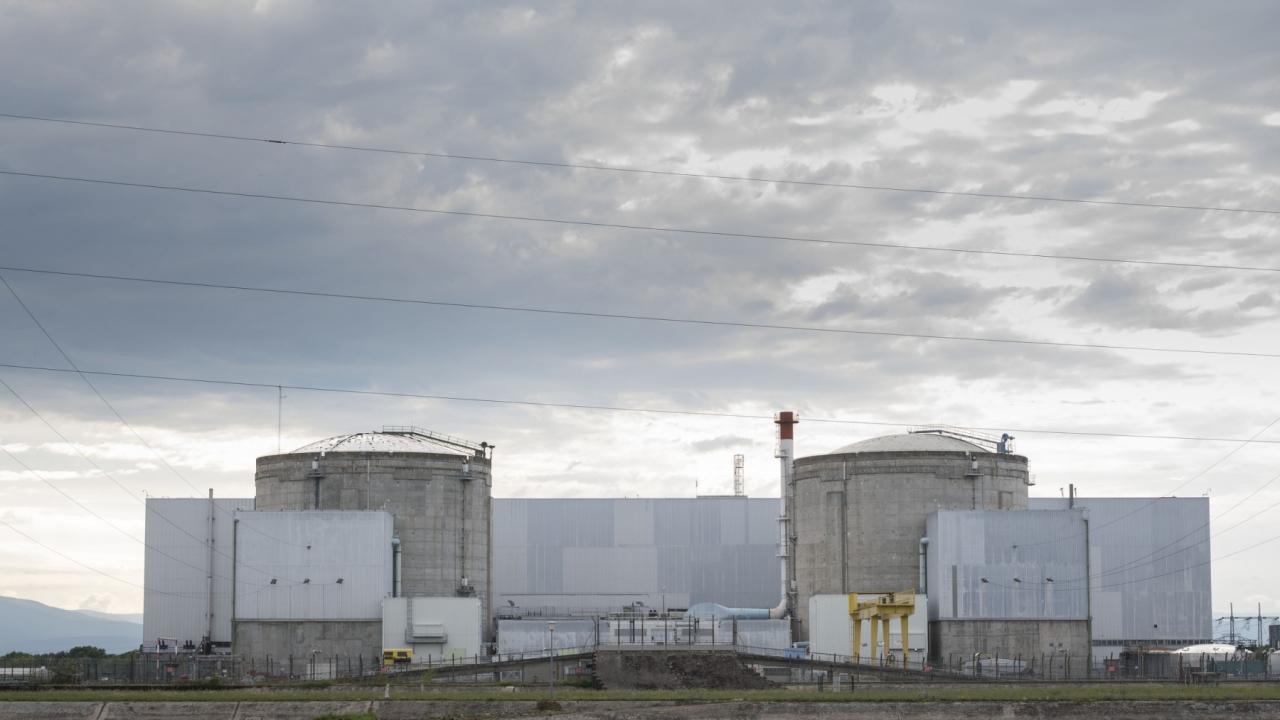 """La fermeture de la centrale de Fessenheim va-t-elle conduire à un surplus de """"6 à 10 millions de tonnes de CO2"""" ?"""